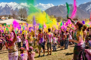 Whoop It up This Holi with Events near You in the United States